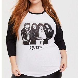 **SOLD**Torrid Queen T-shirt